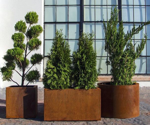 Modern Metal Planter Boxes from Planterscape